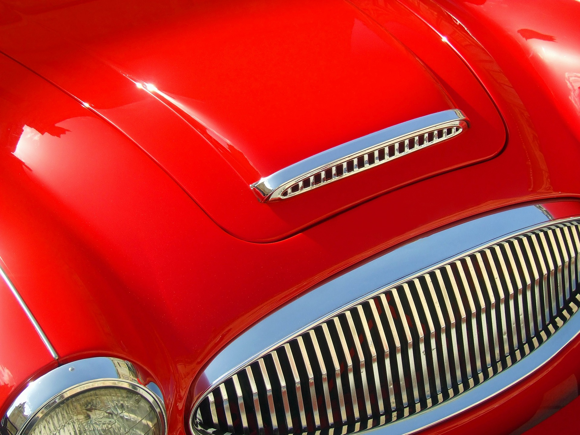 red-car-1049884_1920